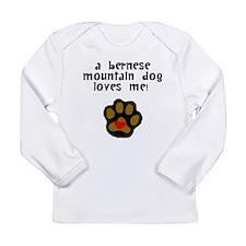 A Bernese Mountain Dog Loves Me Long Sleeve T-Shir