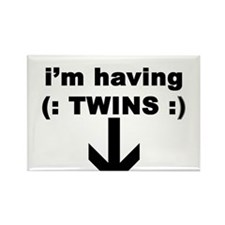I'M HAVING TWINS Rectangle Magnet (10 pack)