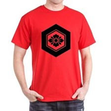 Rhombic flower with Swords in tortois T-Shirt