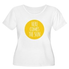 Here comes the sun Plus Size T-Shirt