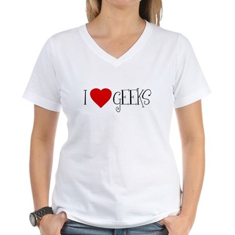 I Love [heart] Geeks Womens V-Neck T-Shirt