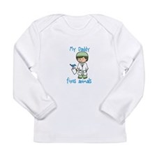My Daddy Fixes Animals Long Sleeve T-Shirt