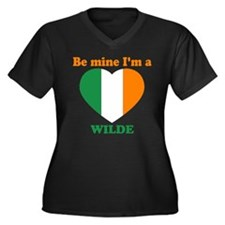 Wilde, Valentine's Day Women's Plus Size V-Neck Da