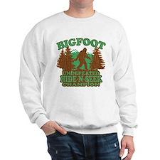 BIGFOOT Funny Saying (vintage distressed design) S
