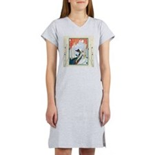 Funny Man and woman in park Women's Nightshirt