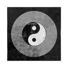 Distressed Yin Yang Symbol Queen Duvet