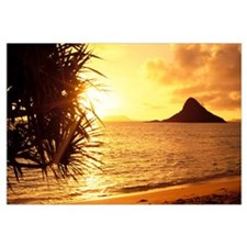 Hawaii, Oahu, View Of Chinaman's Hat At Sunset