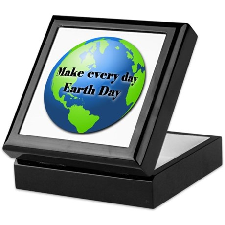 Make every day Earth Day Keepsake Box