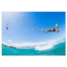 Hawaii, Maui, Professional Kiteboarder Catching Ai