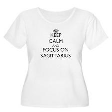 Keep Calm and focus on Sagittari Plus Size T-Shirt