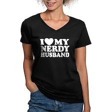 lovemynerdyhusband3 T-Shirt
