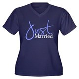 Just Married (Blue Script) Women's Plus Size V-Nec