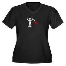 Blackbeard's Flag Women's Plus Size V-Neck Dark T-