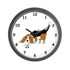 Hunting Beagle Dog Wall Clock