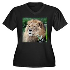 Lion010 Plus Size T-Shirt