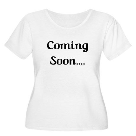 Coming Soon Women's Plus Size Scoop Neck T-Shirt