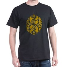 Celtic Oval Gold Design T-Shirt