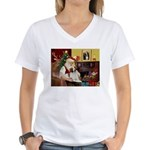 Santa & His Brittany Women's V-Neck T-Shirt
