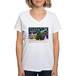 XmasMagic/2 Dachshunds (BB) Women's V-Neck T-Shirt