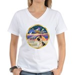XmasStar/ German Shepherd Women's V-Neck T-Shirt