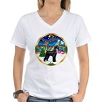 XmasMusic 3/Schnauzer Giant Women's V-Neck T-Shirt