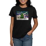 XmasMagic/Min Schnauzer Women's Dark T-Shirt