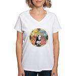 XmasMusic 3/Sib Husky Women's V-Neck T-Shirt