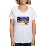 XmasSunrise/2 Vizslas Women's V-Neck T-Shirt