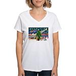 XmasMagic/3 Yorkies Women's V-Neck T-Shirt