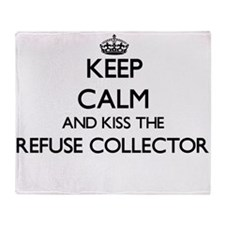 Keep calm and kiss the Refuse Collec Throw Blanket