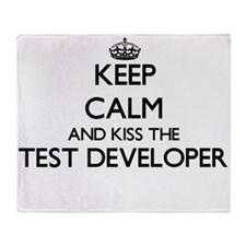 Keep calm and kiss the Test Develope Throw Blanket