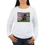 Lilies2-Newfie2 Women's Long Sleeve T-Shirt
