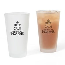 Keep calm and kiss an Engraver Drinking Glass