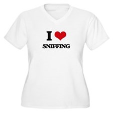 I love Sniffing Plus Size T-Shirt
