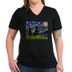 Starry Night Rottweiler Women's V-Neck Dark T-Shir