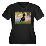 Garden / Rottweiler Women's Plus Size V-Neck Dark