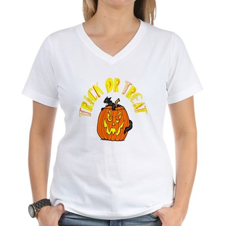 Jack o Lantern Cat Women's V-Neck T-Shirt