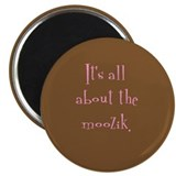 &quot;It's all about the moozik&quot; Magnet (brown/pink)