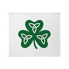 Shamrock celtic knot Throw Blanket