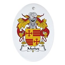 Muñoz Oval Ornament