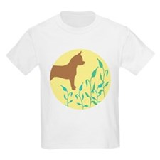 Chihuahua With Leaves T-Shirt