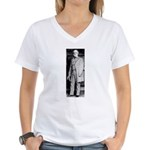 Lee standing Women's V-Neck T-Shirt