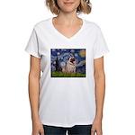 Starry Night and Pug Women's V-Neck T-Shirt