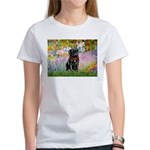 Garden / Black Pug Women's T-Shirt