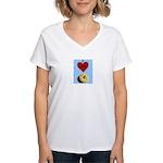 I LOVE DONUTS Women's V-Neck T-Shirt