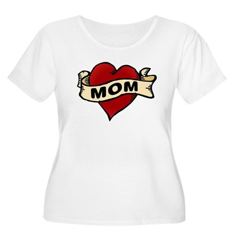Mom heart tattoo Women's Plus Size Scoop Neck T-Sh