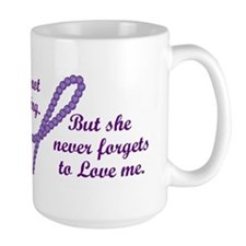 Never Forgets To Love (Mother) Mug