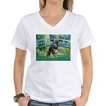 Bridge-Aussie Shep - Tri (L) Women's V-Neck T-Shir