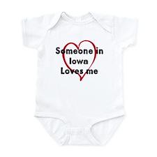 Loves me: Iowa Infant Bodysuit