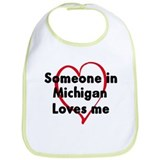 Loves me: Michigan Bib